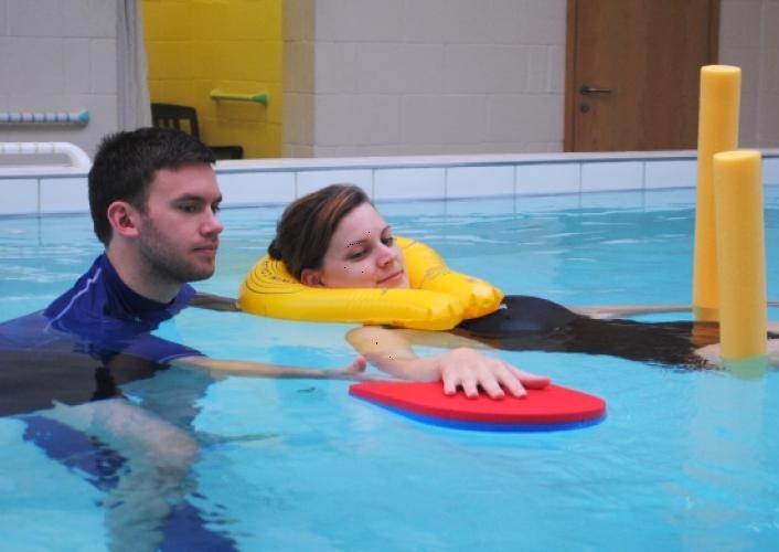 هیدروتراپی ورزش در آب
